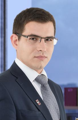 https://advokat-malov.ru/assets/images/advokats/7.png